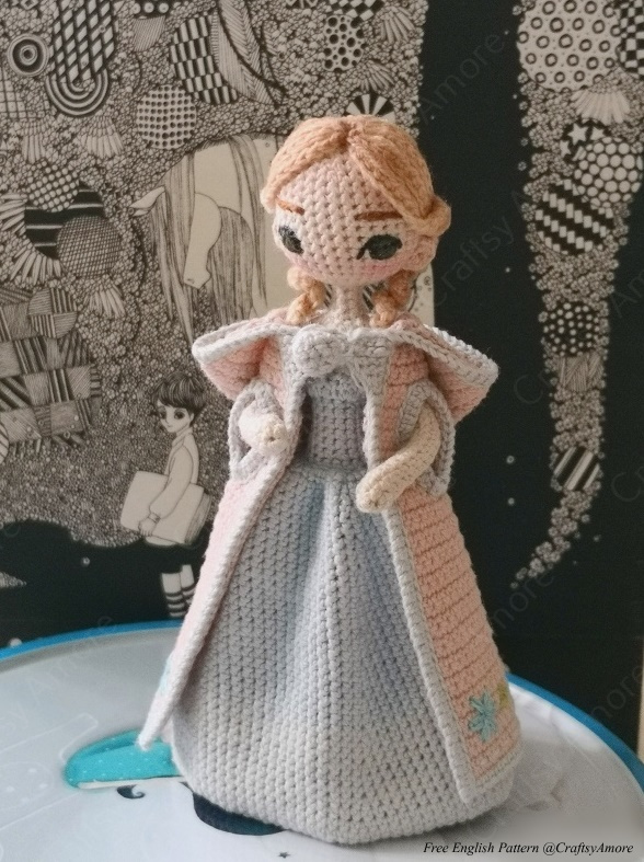 15 Adorable Crocheted Doll Clothing Patterns | 787x588